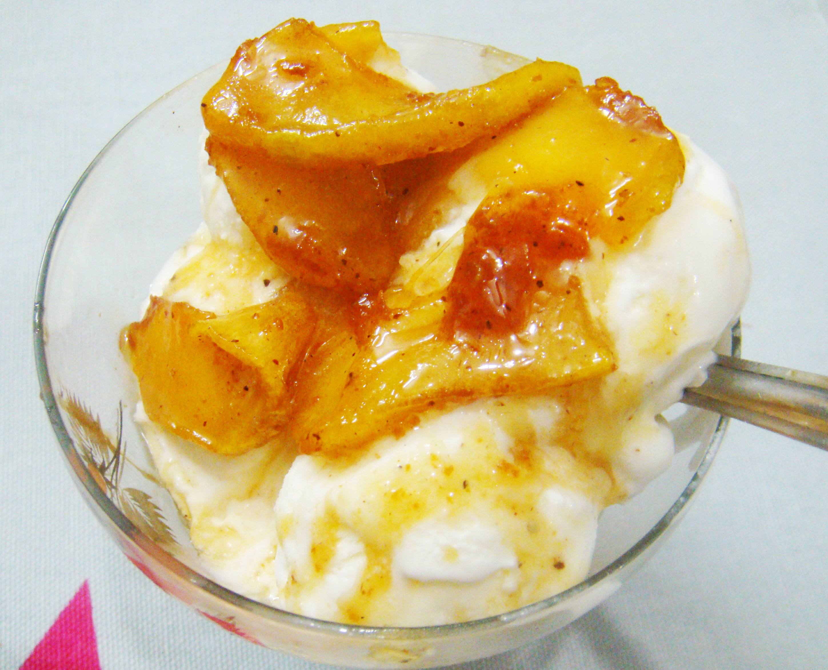 Healthy and Yummy Caramelized Apple bite