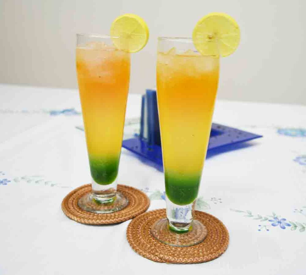 Triple Mazza with Tricolor Fizz