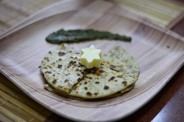 Black Chana Sprout Paratha